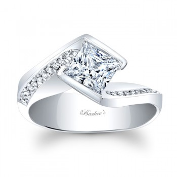 Barkev's Designer Princess Cut Diamond Engagement Ring with 0.12 ct of Round side diamonds 8032LW